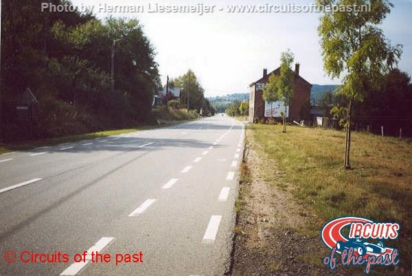 Oud Spa-Francorchamps - De rechte lijn van Holowell