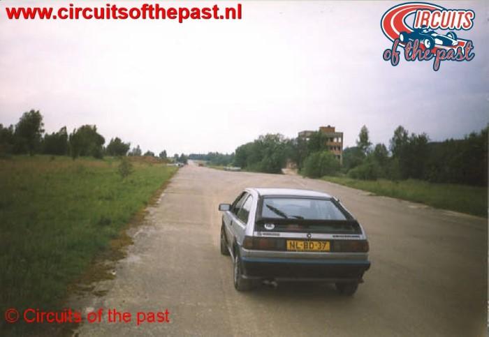 Het vervallen circuit van Nivelles-Baulers in 1998 - Recht stuk Start/Finish
