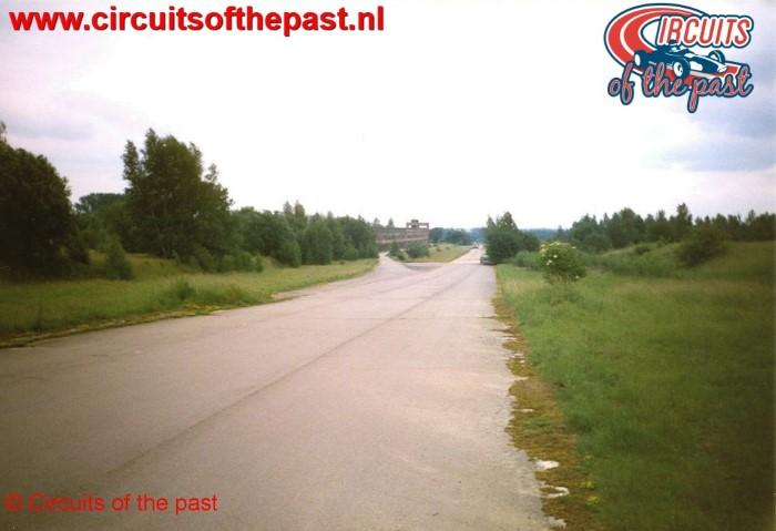 Verwaarloosd circuit Nivelles-Baulers 1998 overzicht vanaf heuvel bij Bocht 1
