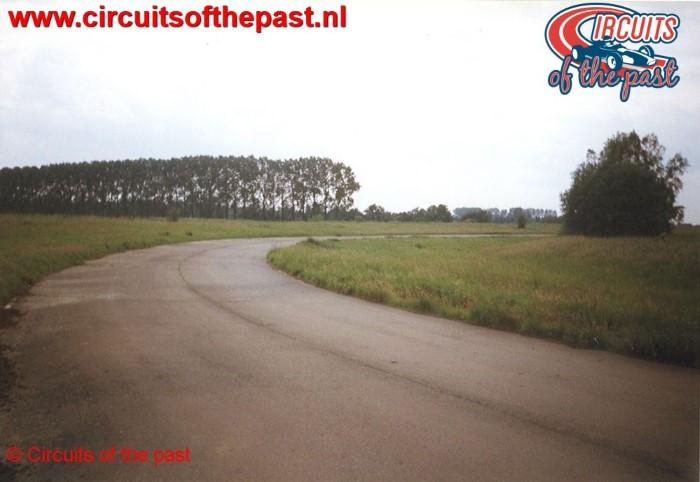 De tweede bocht van de Big Loop in 1998 op het verlaten Circuit Nivelles-Baulers