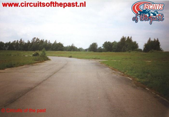Het vervallen circuit van Nivelles-Baulers in 1998 - Bocht 4