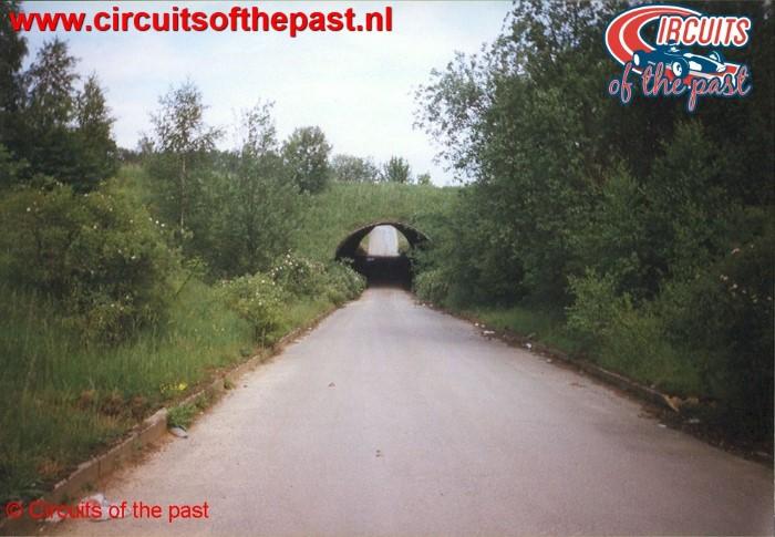 Tunnel naar paddock Circuit Nivelles-Baulers 1998
