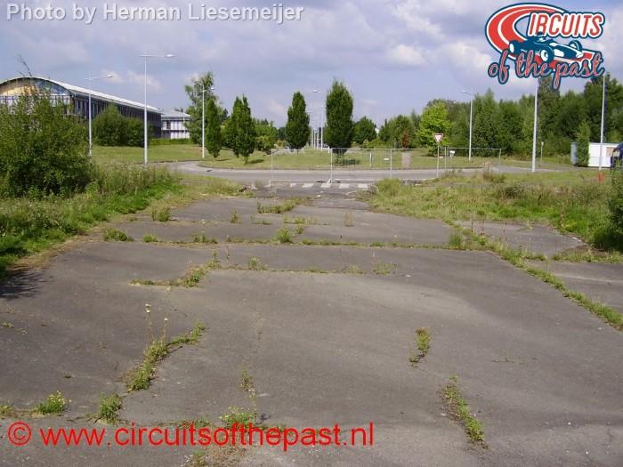 Het laatste stukje raceasfalt van Circuit Nivelles-Baulers in 2013