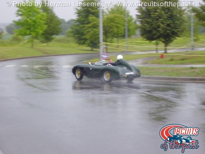 Grand Prix Revival Nivelles-Baulers sport scar in de regen