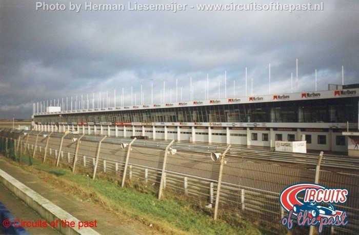 Circuit Zandvoort 1998 - Nieuwe pits