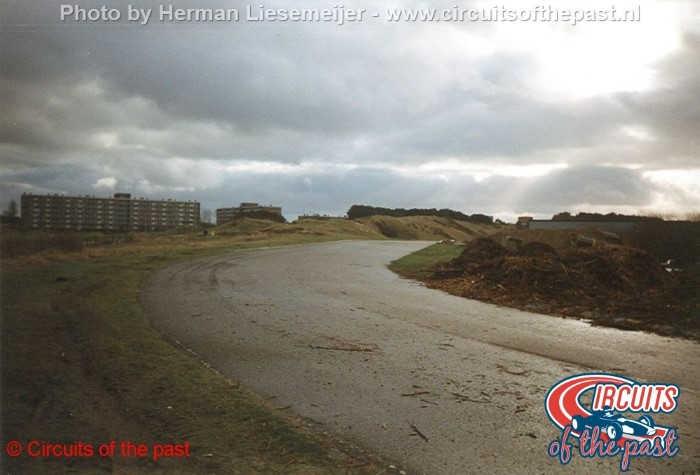 Circuit Zandvoort eind 1998 - De verlaten Marlborobocht vlak voor de sloop