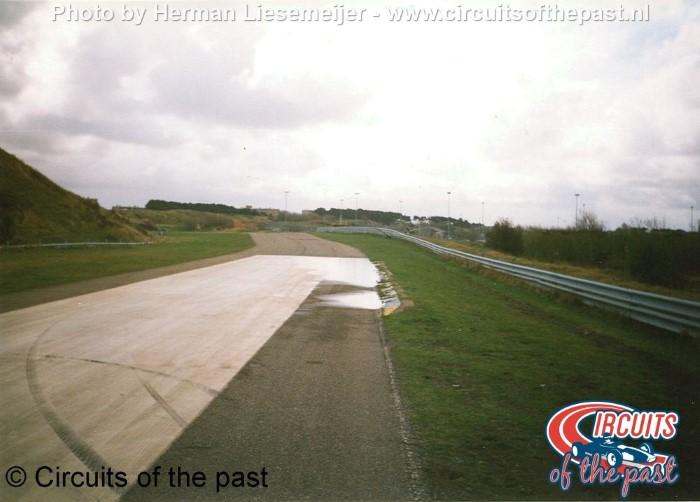 Oude Circuit Zandvoort - Aankomen bij de Marlborobocht