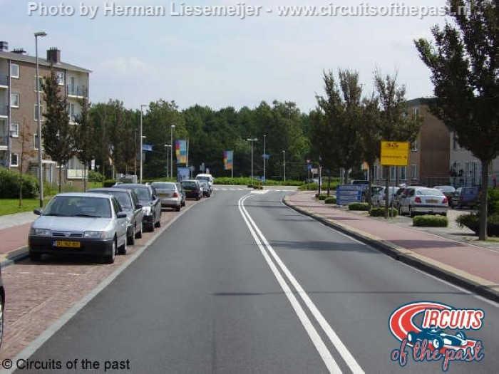 Het stratencircuit van Zandvoort – Start/Finish van Lennepweg