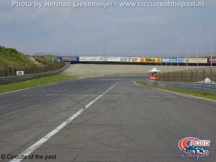 Circuit Zandvoort - Uitgang pits en Tarzanbocht