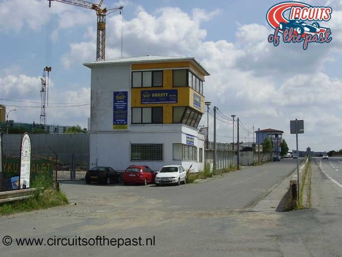 Brno-Masaryk - De oude pits en wedstrijdtoren