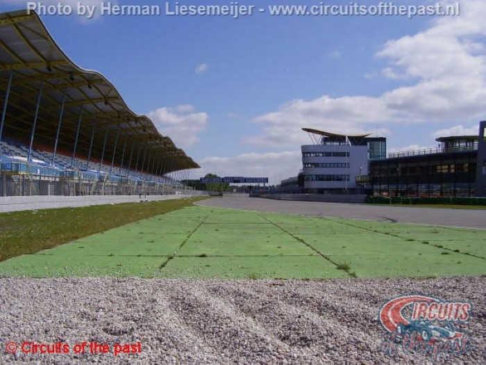 """Oude TT Circuit Assen 1926 - 1954 - """"Kniebocht"""""""
