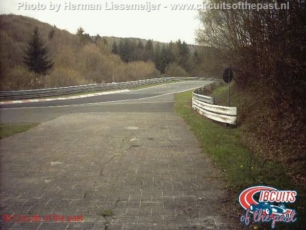 Nürburgring - Steilstrecke-Kurve