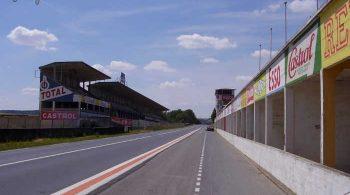 Circuit Reims-Gueux 2015 - Pit lane