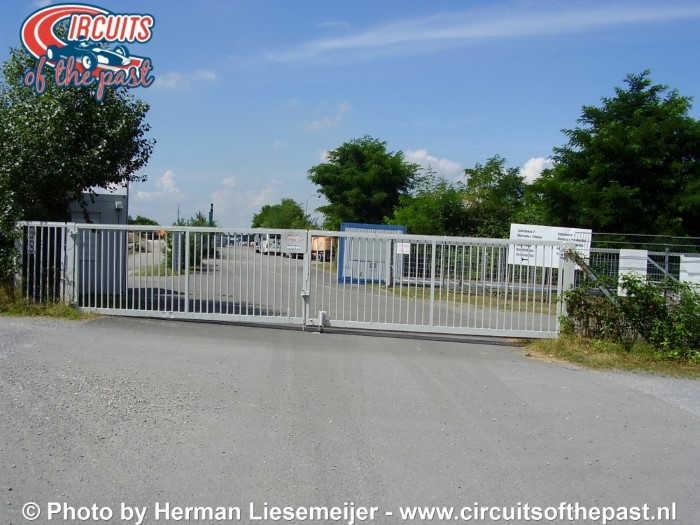Oud Hockenheim - Ingang Oost vlakbij de plek van de Ayrton Senna Chicane