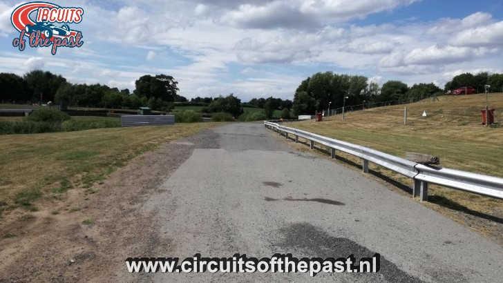 Oulton Park Circuit - Oude Range Corner
